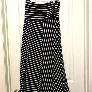 J Crew Factory maxi striped skirt  Size: L…